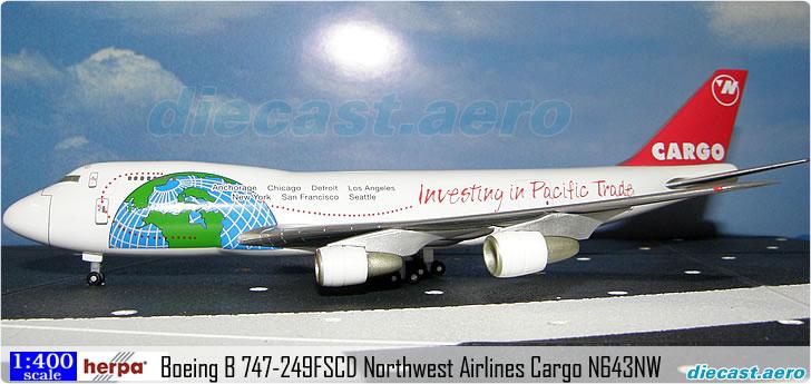 Boeing B 747-249FSCD Northwest Airlines Cargo N643NW Herpa